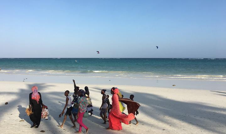 [写真64枚] ケニア年末年始11日間の旅行記2~ダイジェスト中編(ナイロビ~ディアニビーチでHappy New Year)